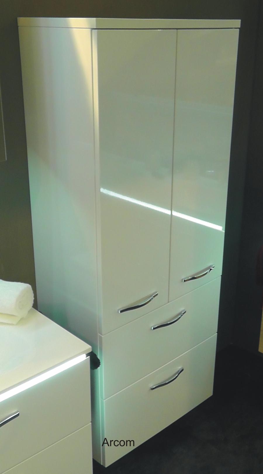 life highboard schr nke in vielen farben arcom center. Black Bedroom Furniture Sets. Home Design Ideas