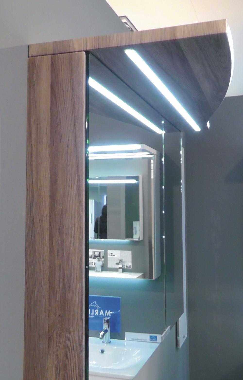 marlin motion spiegelschrank arcom center. Black Bedroom Furniture Sets. Home Design Ideas