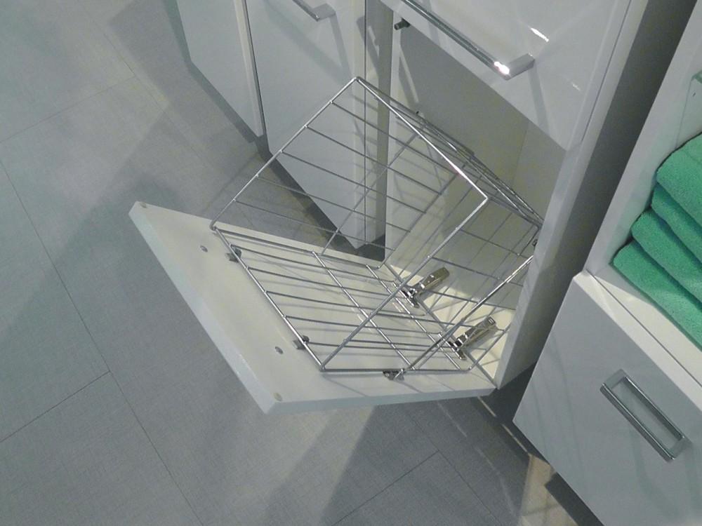 Emejing Badezimmer Hochschrank Mit Wäschekorb Images - House