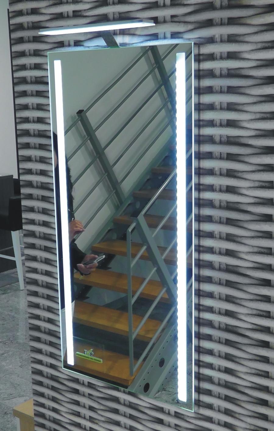 puris for guests set g arcom center. Black Bedroom Furniture Sets. Home Design Ideas