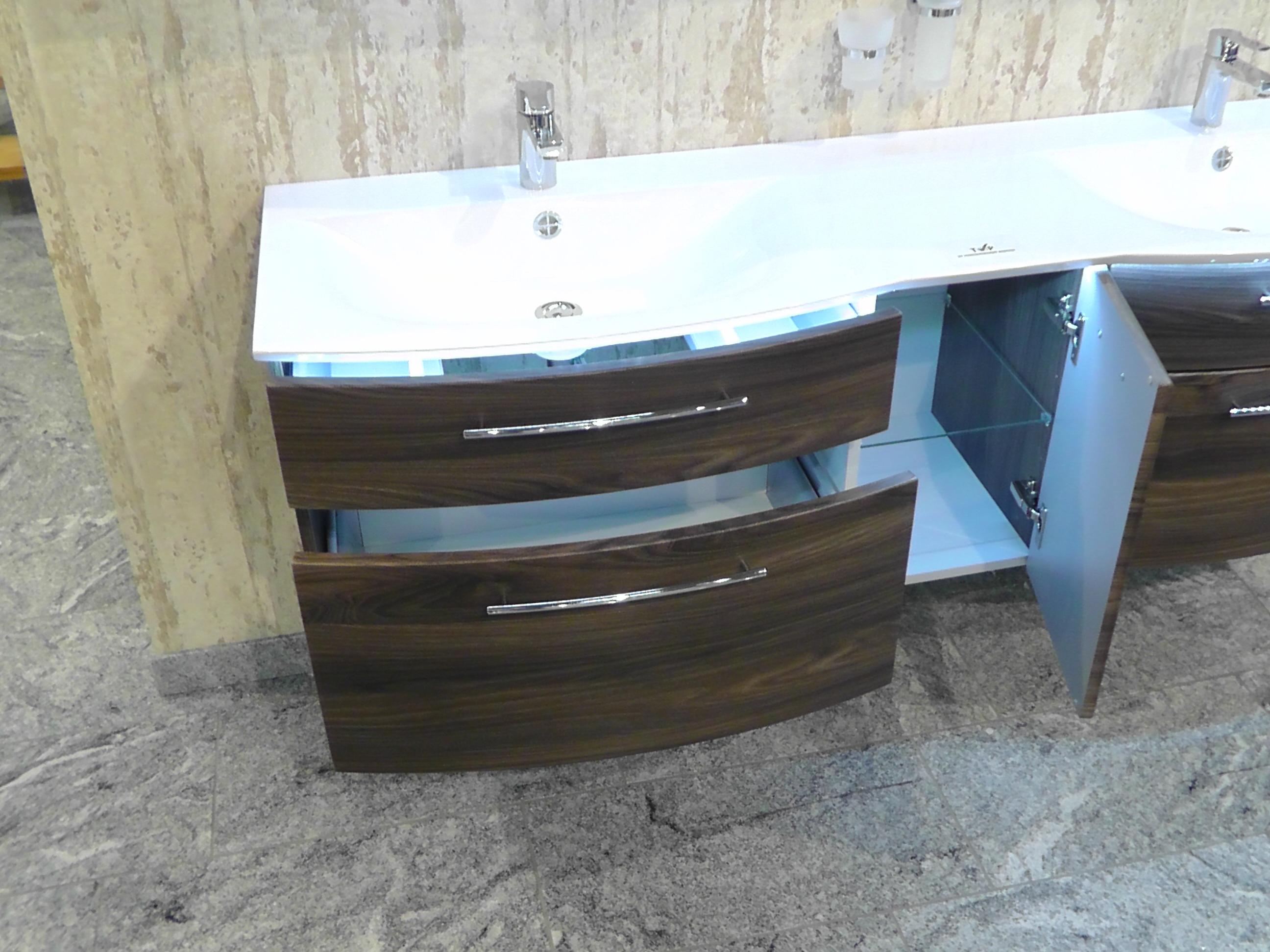 Badmöbel set mit spiegelschrankdeko fürs bad  Badmöbel Für Doppelwaschtisch: Doppelwaschtisch badmöbel set weiß ...