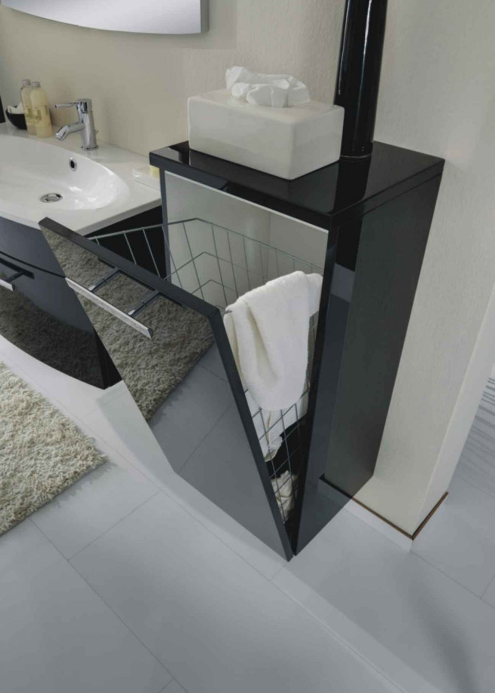 marlin bad 3130 azure highboard w schekippe. Black Bedroom Furniture Sets. Home Design Ideas