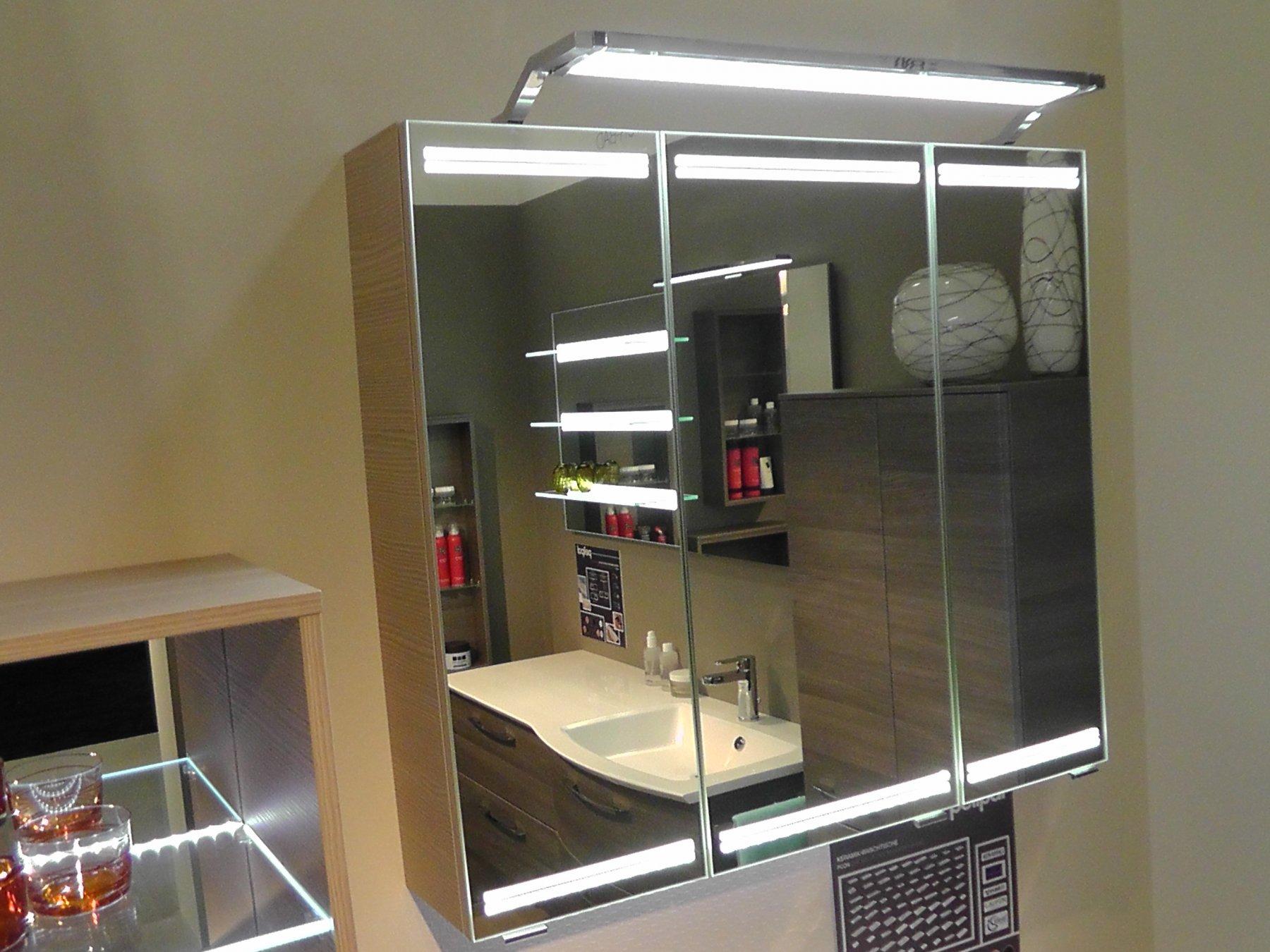 pelipal pcon spiegelschrank waagrechte led arcom center. Black Bedroom Furniture Sets. Home Design Ideas