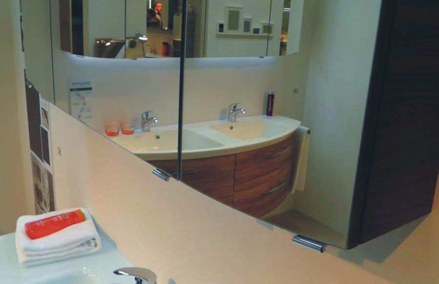 spiegelschank pelipal cassca 100 cm mit leuchte. Black Bedroom Furniture Sets. Home Design Ideas