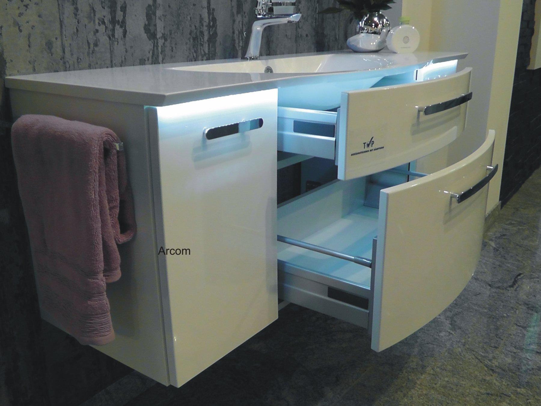 puris linea set e 130 cm badm bel g nstig arcom center. Black Bedroom Furniture Sets. Home Design Ideas