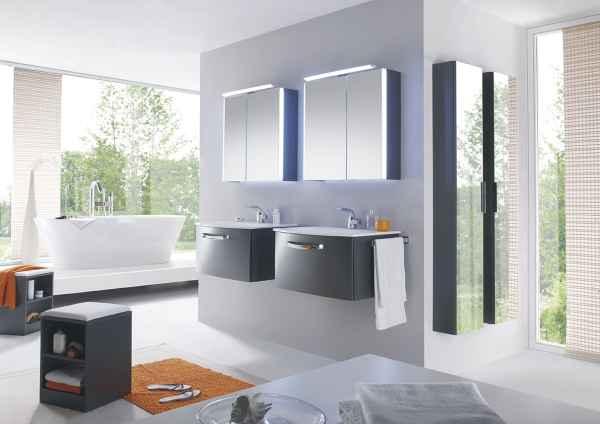 farbe bringt atmosph re ins bad. Black Bedroom Furniture Sets. Home Design Ideas